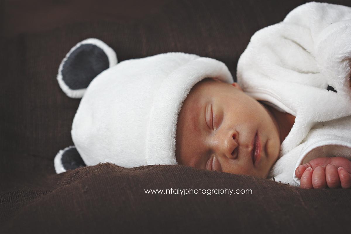 photographe nouveau ne seance photo famille maternité bebe nourrisson dodo paisible