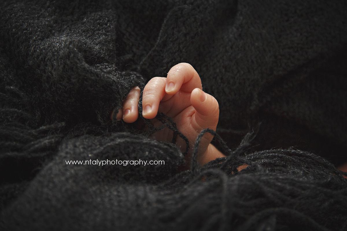 main bebe nouveau ne nourrisson petit mignon macro
