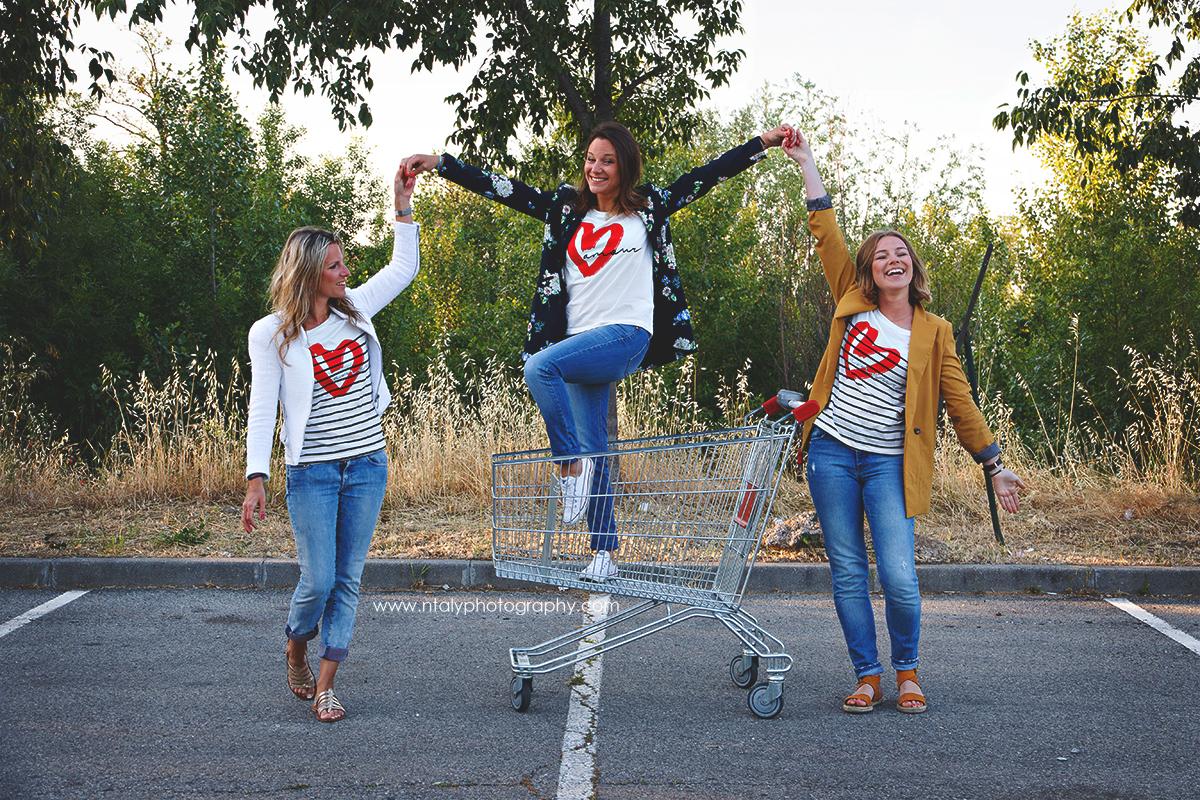 3 soeurs caddie parking supermarché