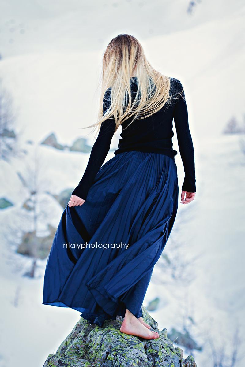 jeune femme romantique jupe longue