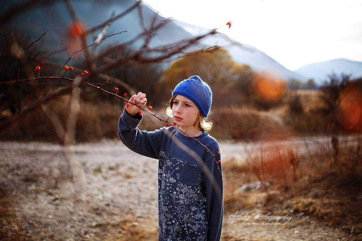 enfant nature montagne