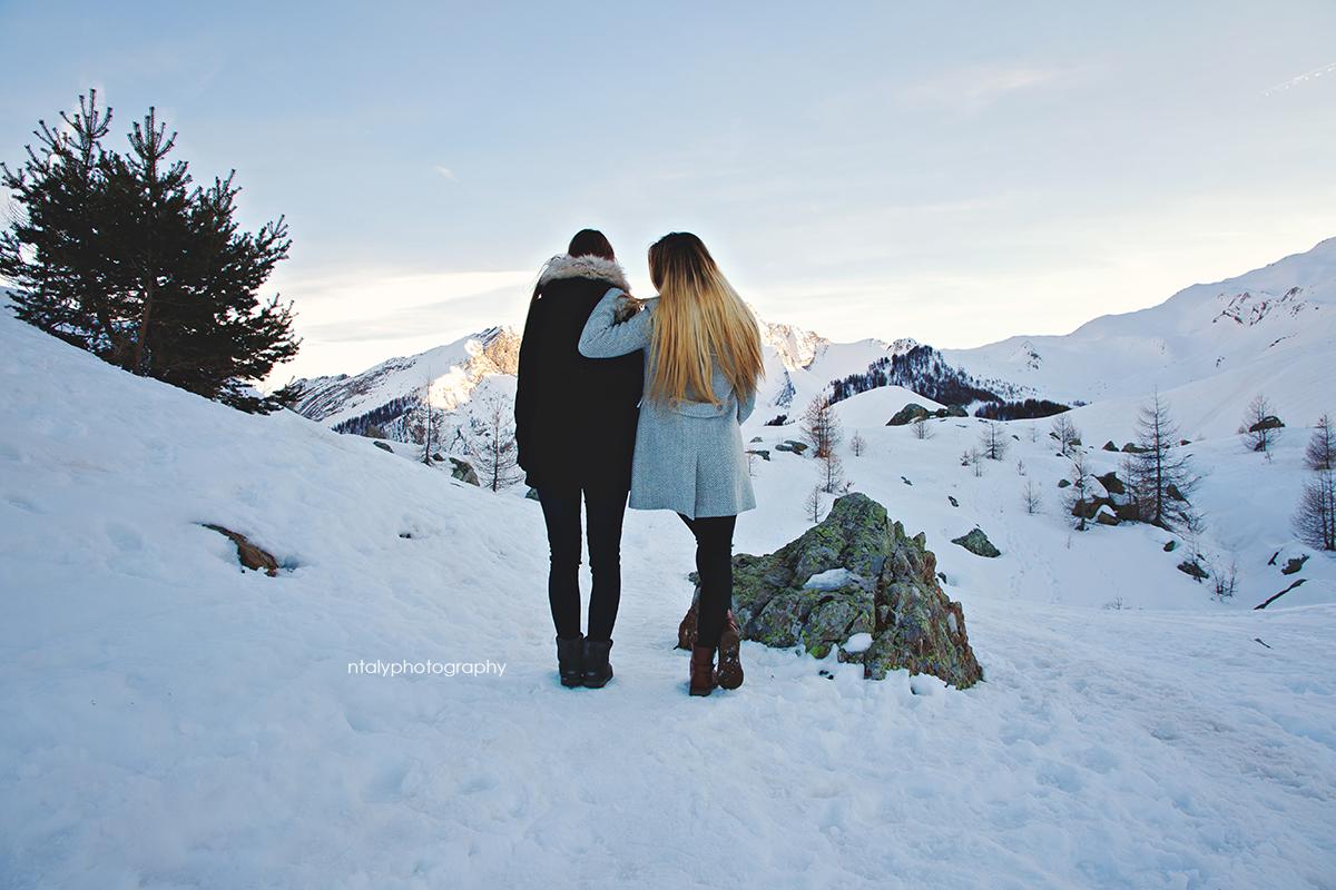 amies montagne neige