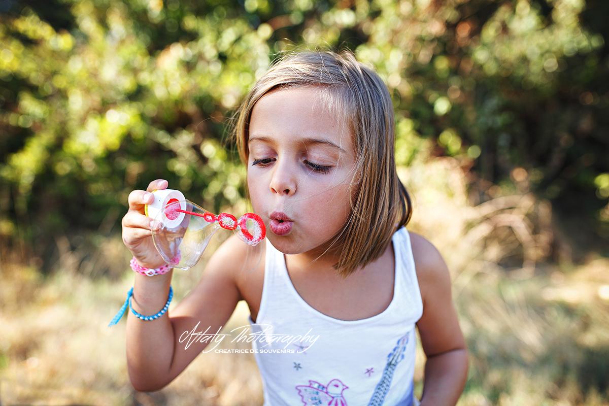 petite fille bulles